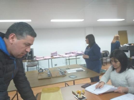 Matías Quinteros en la presentación de listas.