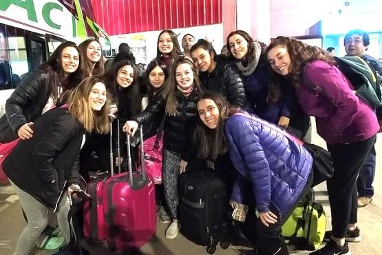 Las chicas en la Terminal de Río Gallegos rumbo a Comodoro Rivadavia.