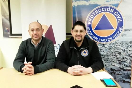 Américo Austin, delegado regional de Turismo Provincial, y Sergio Caneo, director de Protección Ciudadana de la Municipalidad de Esquel.