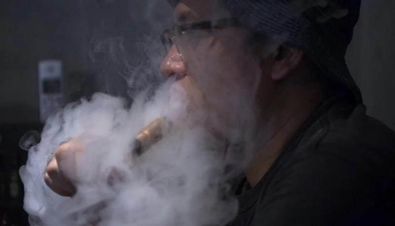 Ya son seis las muertes atribuidas al cigarrillo electrónico por autoridades de Estados Unidos. (Foto Bloomberg)