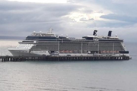 Crucero en el puerto de Puerto Madryn.