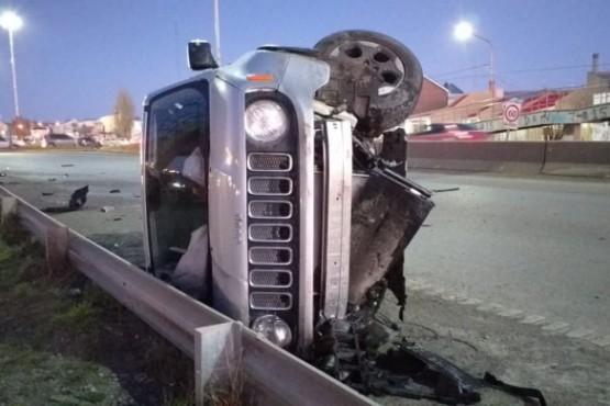 Así quedó la camioneta Jeep tras el incidente vial (Foto: C. Robledo)