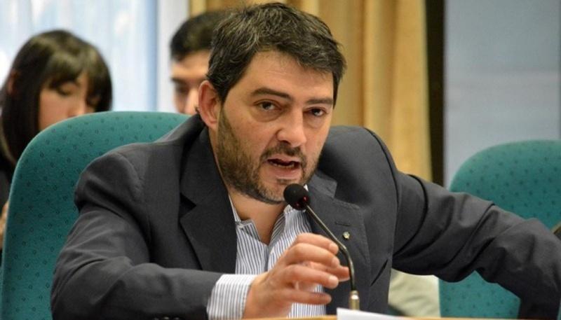 Matías Bezi, autor del proyecto presentado en la Legislatura.