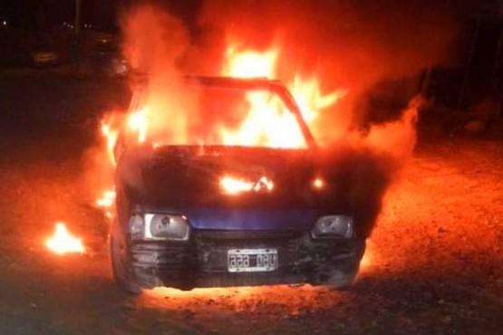 Sospechoso de incendiar un auto fue detenido