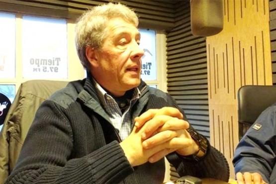 Enrique Jamieson explicó los beneficios de la esquila pre-parto. (C. González).