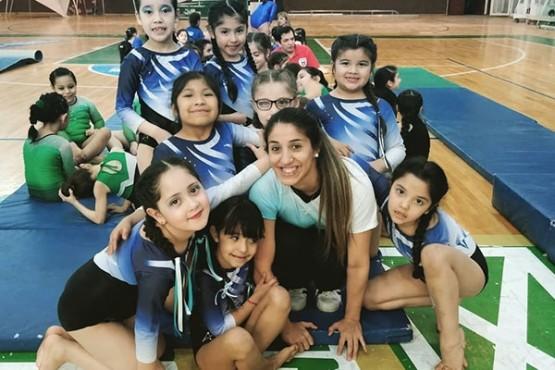 Las primeras clasificadas de gimnasia a la instancia nacional.
