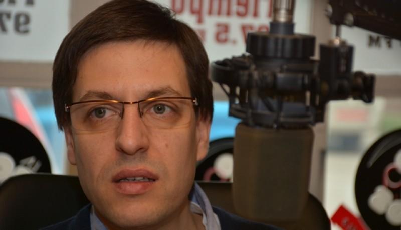 El concejal Martín Medvedovsky en Tiempo FM (C.R.)