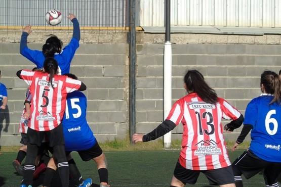 Con más de 20 equipos comenzó a jugarse una nueva edición de la Superliga de Fútbol Femenino de Río Gallegos.