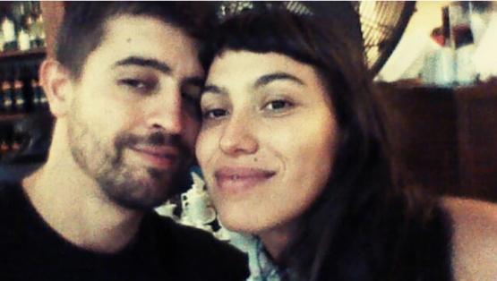 Santiago Siciliano y su pareja.