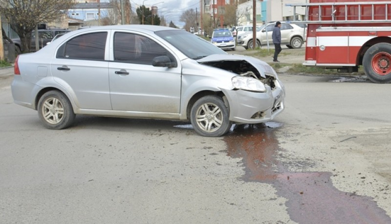 Así quedó el Chevrolet Aveo. (Foto C.R.)