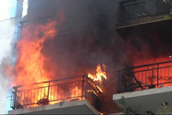 El incendio comenzó luego de que la joven se fuera a dormir la siesta. (Foto ilustrativa de archivo)