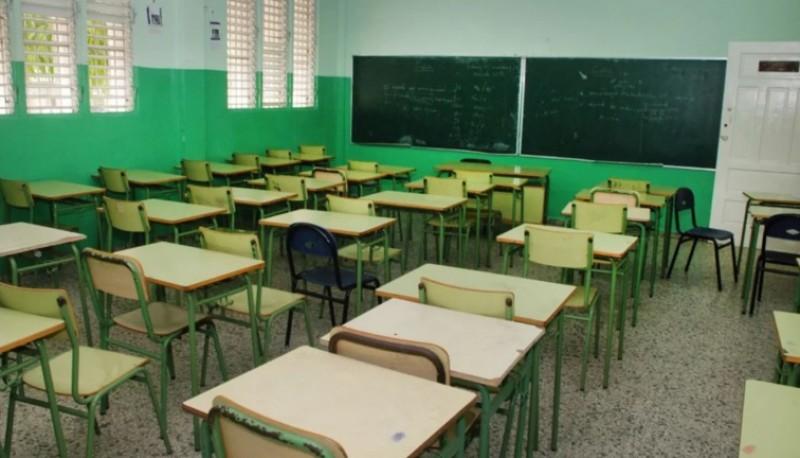Ordenan disponer fondos que permitan reabrir las escuelas en Chubut.