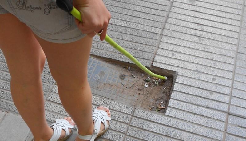 El bastón verde se usa desde 1996 por pacientes con baja visión.