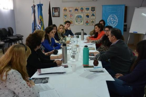 Integrantes del gobierno participando de la seguridad alimentaria.
