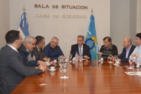 Reunión del gobernador Arcioni con Diputados.