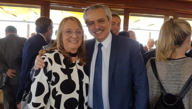 La gobernadora junto al candidato a Presidente, Alberto Fernández
