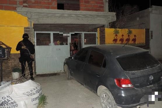 Viviendas allanadas por el personal de la División Narcocriminalidad de Caleta Olivia.