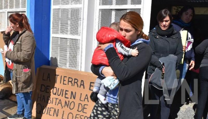 Amigos y familiares acompañaron a Gabriela Saéz.