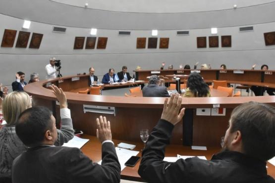 Legisladores en sesión.
