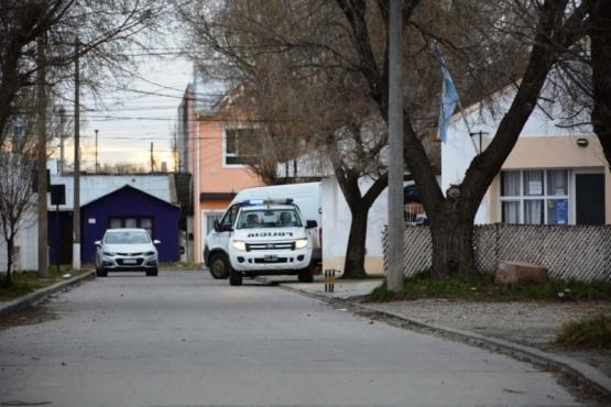 El cuerpo de la mujer fue trasladado a la morgue donde le realizaron la autopsia. (Foto archivo)