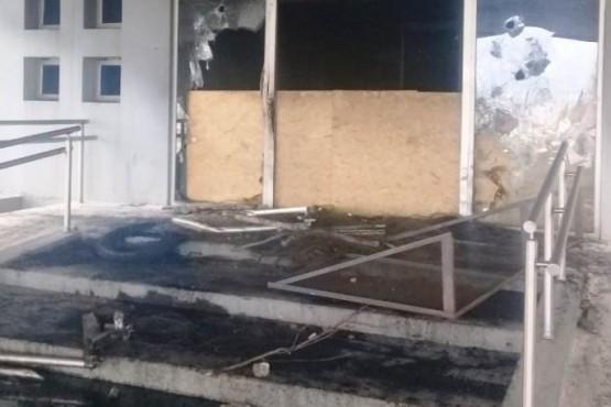 El fuego dejó su marca en la Casa de Gobierno.