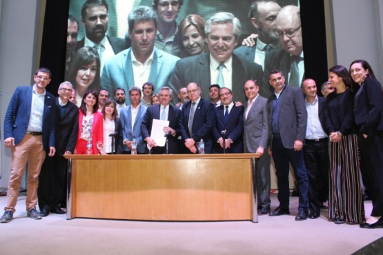 Chubut participó del II Encuentro Federal PyME.