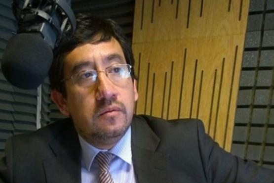 Dr. Sandro Levín.
