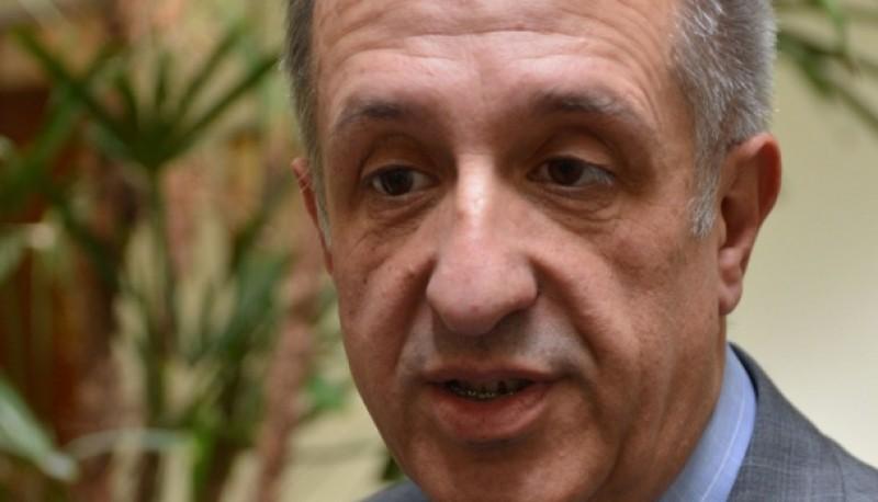 El ministro de Economía y Crédito Público, Oscar Antonena.