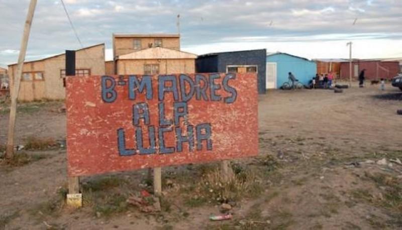 El ingreso al barrio Madres a la Lucha (foto archivo)