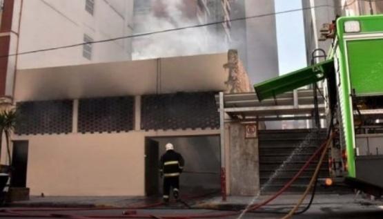 Así fue el incendio en el hotel donde se alojaban deportistas chubutenses