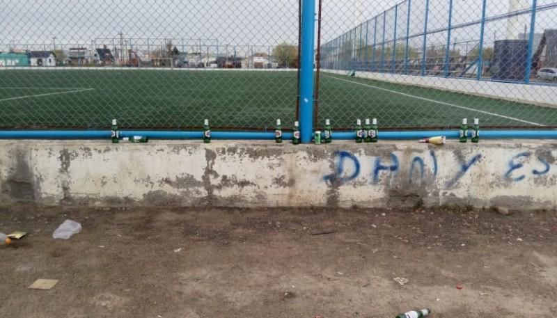 """Postal de la """"Enrique Pino"""" post-fútbol (José Cisternas)"""
