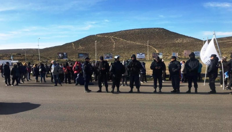 La Policía provincial garantiza la transitabilidad.