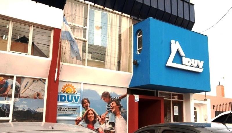El IDUV tendrá mayor potestad legal en los trámites.