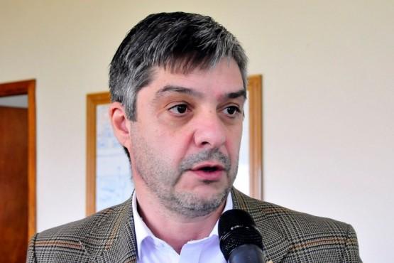 Gustavo Aguilera, ministro de Infraestructura, Planeamiento y Servicios Públicos.