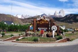 Página de turismo felicitó a El Chalten con una foto de Torres del Paine