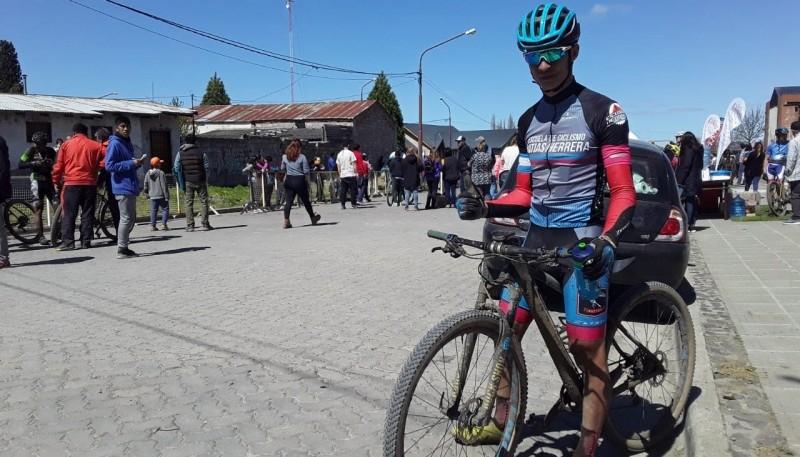 Herrera se llevó el primer puesto en la carrera de Trevelin.