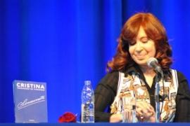 """Cristina Fernández de Kichner: """"La gente quiere trabajar, no quiere un plan social"""""""