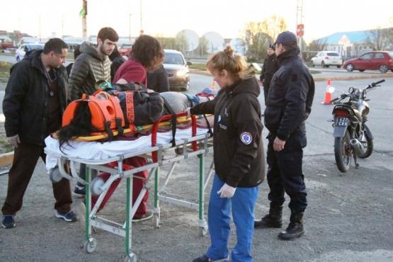 La mujer fue inmovilizada y trasladada al nosocomio local. (Foto: C.G.)