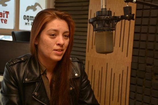 Viviana Bull Macías en Tiempo FM (Foto C.R.)