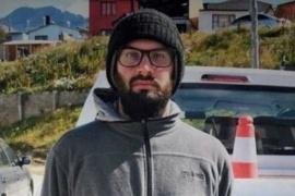 """En """"Lagunas gemelas"""" buscan al joven desaparecido en Tolhuin"""