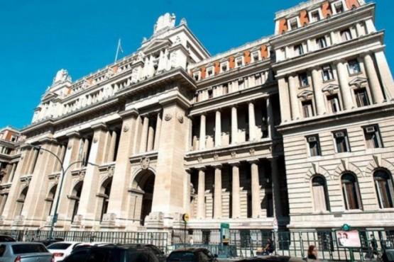 La Corte Suprema.