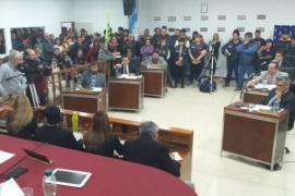 Pase a planta de los trabajadores del SIPEM y aumento salarial a municipales