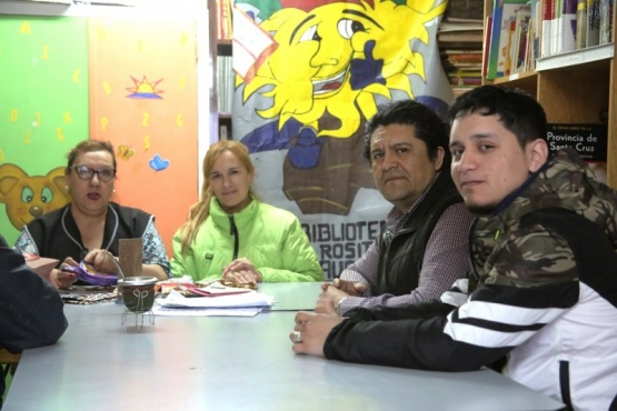 Vecinos de la Biblioteca Rosita Llauquen (C.G)