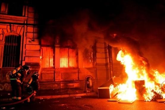 Incendio en la sede de El Mercurio.