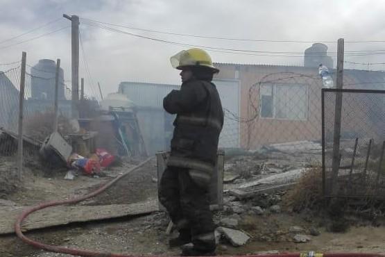 Los bomberos trabajaron en el lugar.