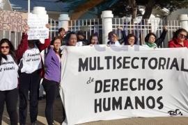 En Río Grande también se manifestaron en el consulado chileno