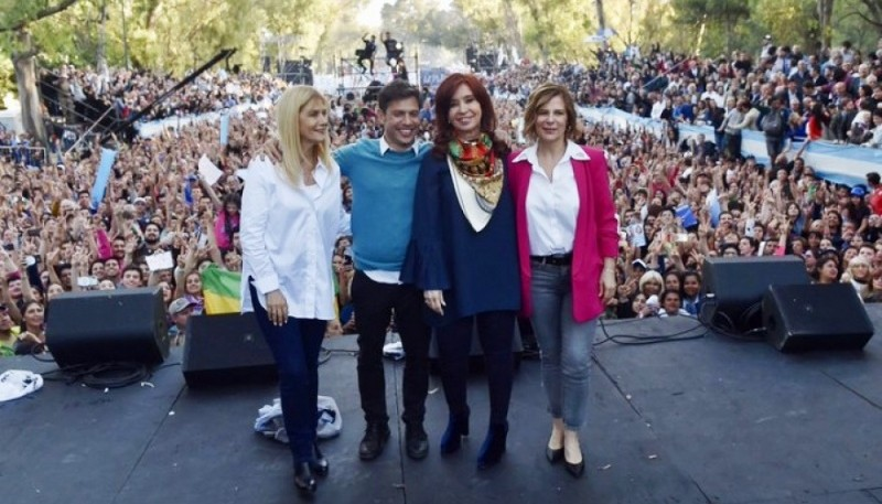 CFK ayer en el acto de cierre de campaña en La Plata.