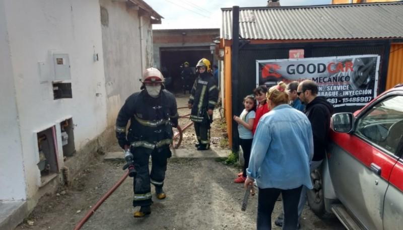 Incendio en un taller mecánico (C.G)