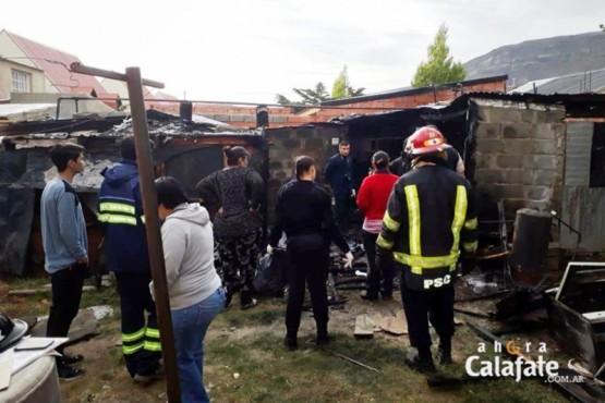 Policía y bomberos en el lugar del hecho