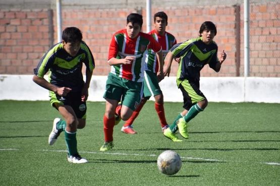 Jugadores de fútbol.